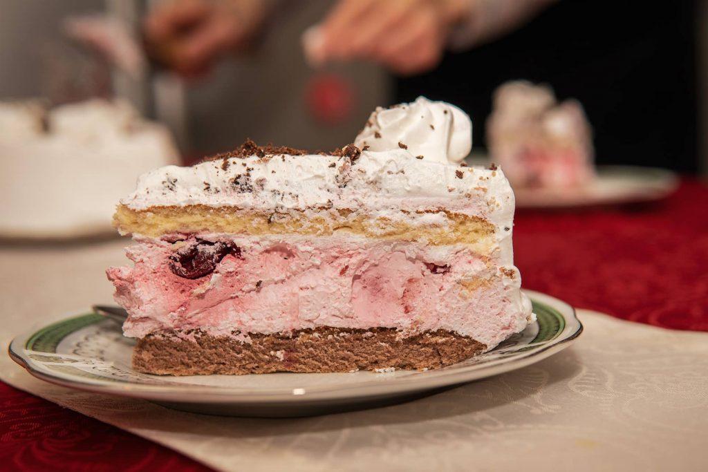 Apu szülinapi tortája